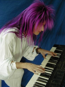 nik-purple-hair-keyboard
